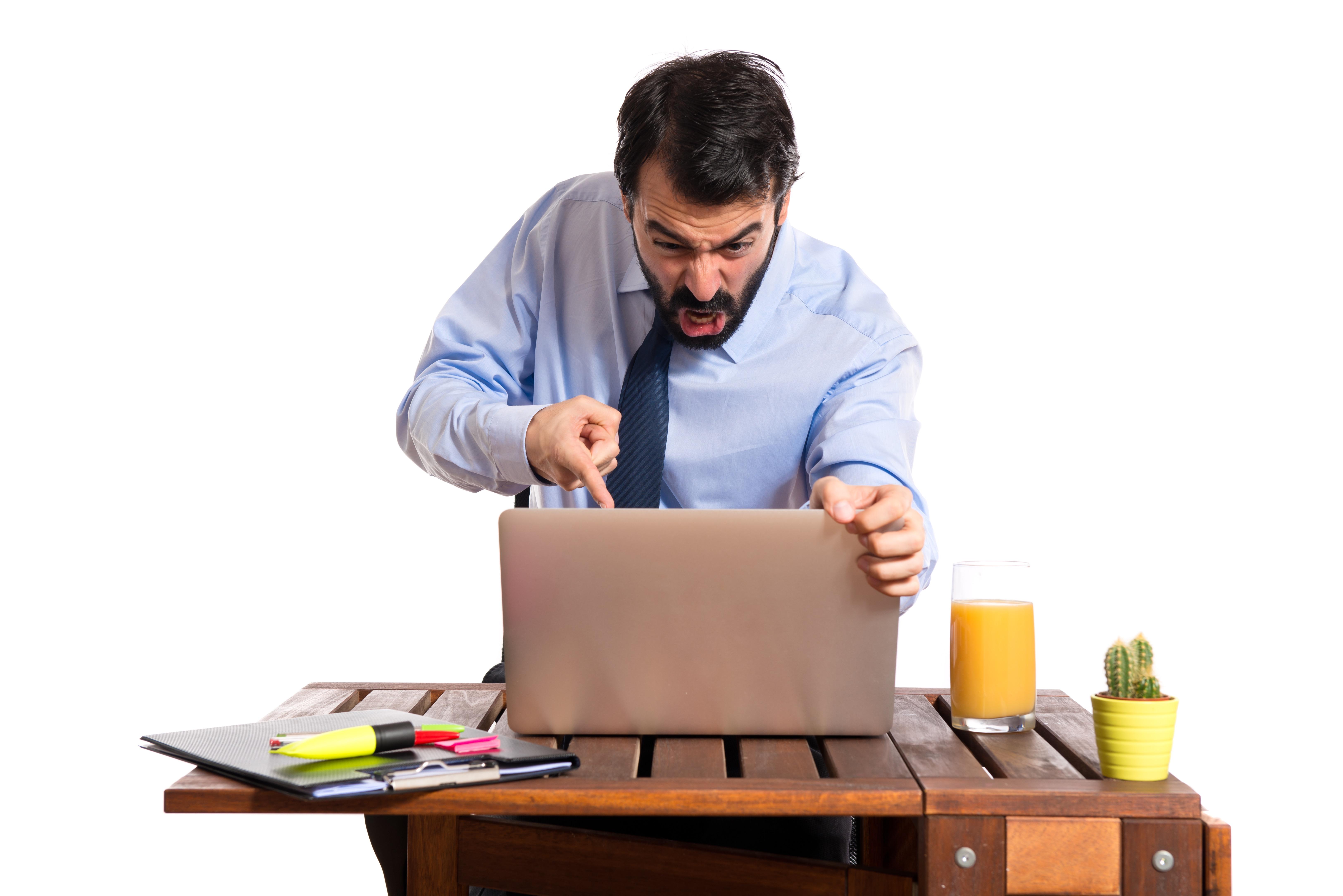 ¿Sabias que puedes denunciar el hostigamiento laboral?