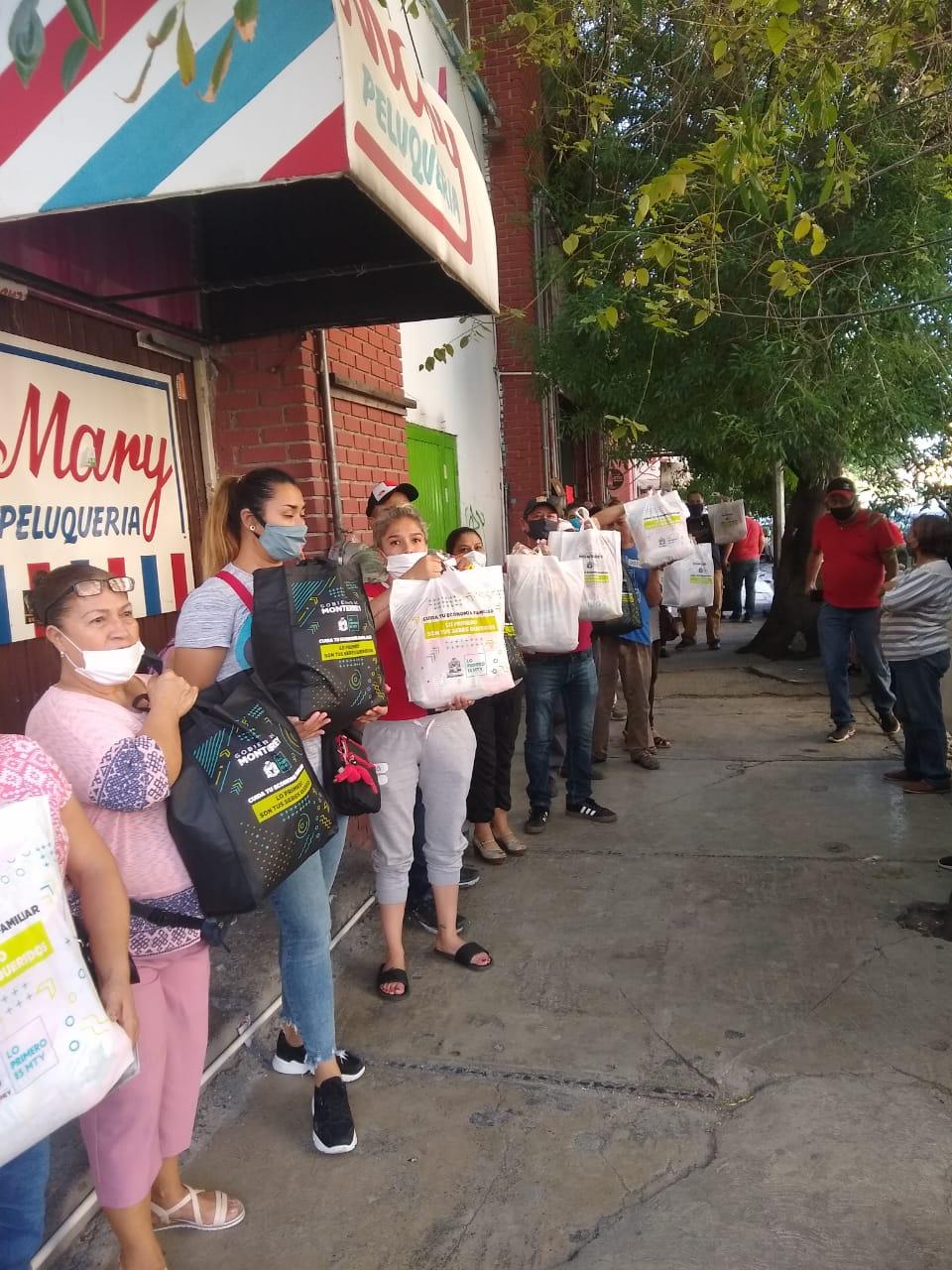 Reciben apoyos por Covid-19 en zona Monterrey Norponiente